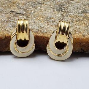 Vtg Designer Signed Trifari Door Knocker Earrings